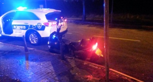 הקטנוע הגנוב - לאחר מרדף: בן 19 נעצר עם קטנוע גנוב