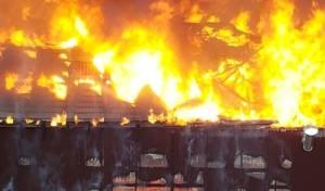 תיעוד הלבות המשתוללות - אומן: האש פרצה מהחדר של הרבנית ברש