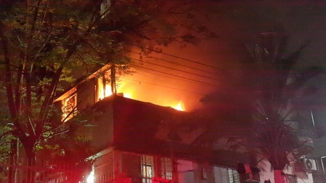 """אילוסטרציה - שריפה פרצה בביכ""""נ, ספרי התורה לא ניזוקו"""