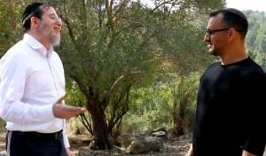 """אודי דמארי ומנדי ג'רופי בקליפ: """"אני או אתה"""""""