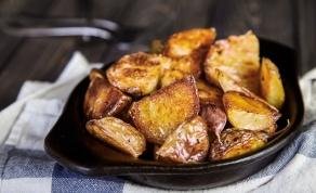 תפוחי אדמה צלויים בתנור עם שום
