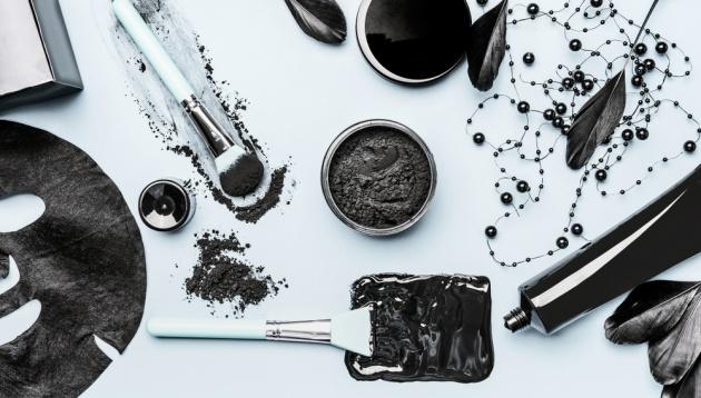 """רופאת עור: איך להיפטר מ""""שחורים"""" לצמיתות"""