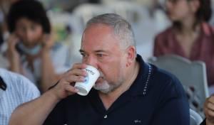 ליברמן מקדם הכפלה במחירי המשקאות