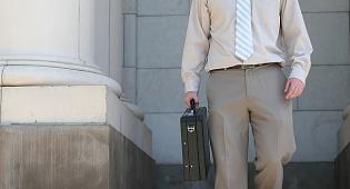 אילוסטרציה - מתי בעל דירה חיים לשלם למתווך?