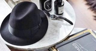 מדריך: איך לארוז את המגבעת במזוודה בלי שתתקמט