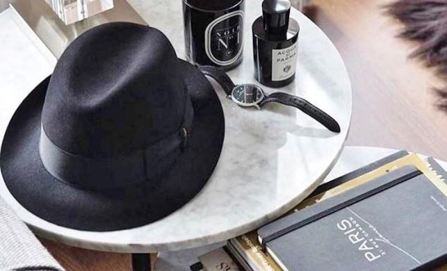 לארוז את המגבעת במזוודה בלי שתקמט