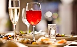 יין ואוכל - שילוב מושלם שצריך לדעת לעשות אותו נכון - מדריך בסיסי: איך מתאימים את היין לאוכל?