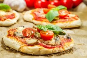 תוך 10 דקות: מתכון לפיצה טעימה במחבת