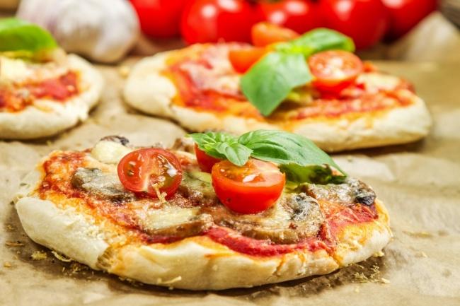 פיצה טעימה במחבת תוך 10 דקות