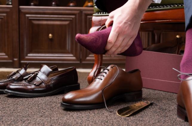 נעל צרה - לא צרה: כך תגדילו נעליים קטנות