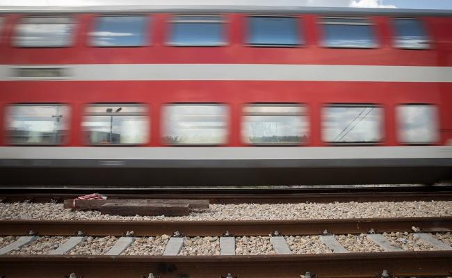 חשש בבני ברק: חילול שבת של רכבת ישראל בתחומי העיר