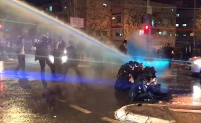 המשטרה השחירה את נוהל הפעלת הבואש