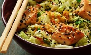סלט עוף אסייתי - מה אוכלים היום? סלט עוף ברוטב אסייתי מעולה