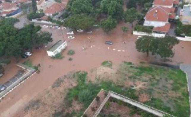 הצפות, בולען וחסימות: גשמים ברחבי הארץ