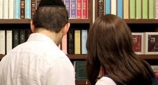 אילוסטרציה, למצולמים אין שום קשר לכתבה - מדוע נדחה החוק ליישוב סכסוכים בין זוגות?
