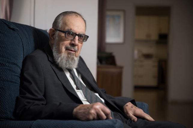 """דיין האמת: הרב נחום אליעזר רבינוביץ' זצ""""ל"""
