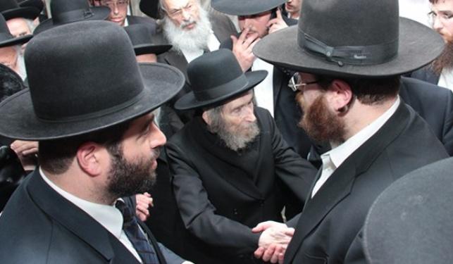 הרב שטיינמן מגיע לכינוס