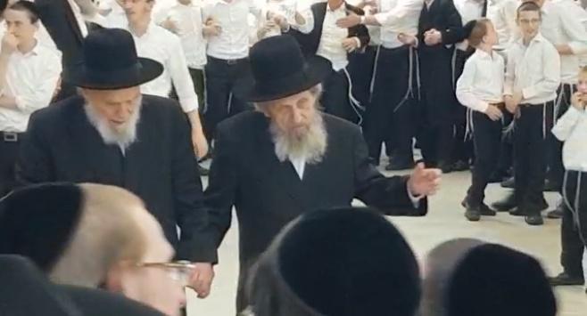 הריקוד המשותף של ראשי ישיבת סלבודקא
