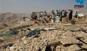 המנהל הרס בתים במאחז ישא ברכה
