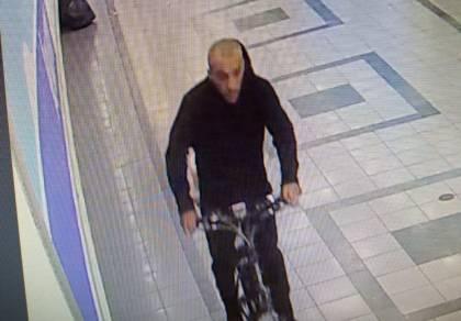 אופניים מצילי חיים נגנבו: מזהים את הגנב?
