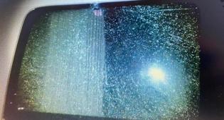 חלונות הרכב שנפגע
