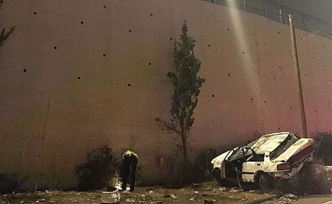 הרכב צנח מגובה 10 מטרים - 2 אחיות נהרגו