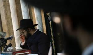 'הינוקא' משך מאות איש לשיעורו בירושלים