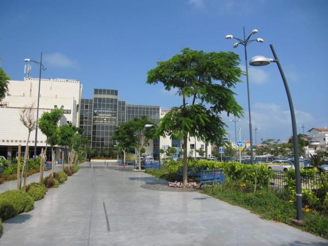 בית החולים לניאדו