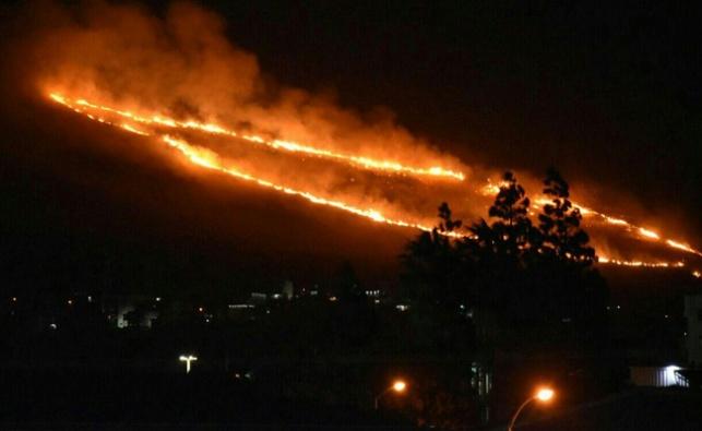 כ-80 אלף פונו מבתיהם: המשטרה לכדה חשודים בהצתות