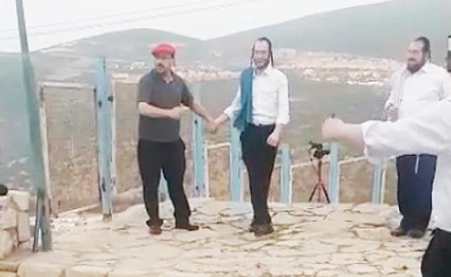 צפו בווידאו: כשליפא שמלצר הגיע למירון