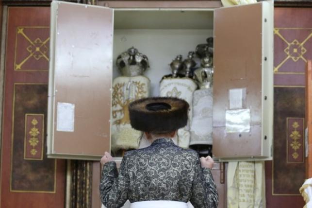 בַּיָּמִים הָהֵם בַּזְּמַן הַזֶּה // הרב בן ציון נורדמן
