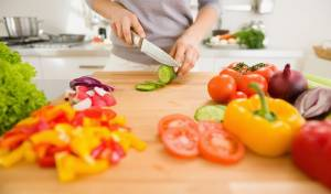 חתך ירקות ונשאר בלי שתי אצבעות