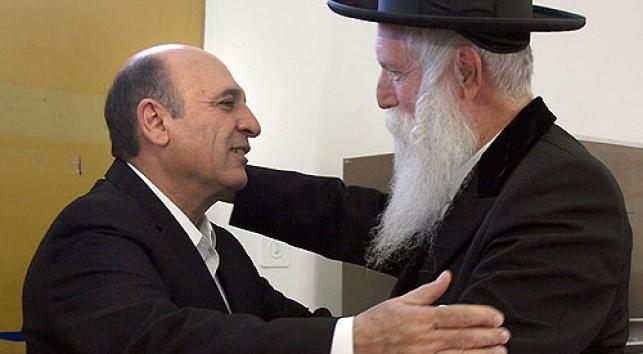שאול מופז עם הרב גרוסמן