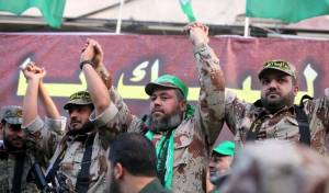 הראשון מימין הוא מפקד גזרת צפון הרצועה של הג'יהאד, בהאא אבו אל-עטא: