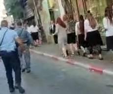 """""""פריצעס"""": הקיצונים צווחו על בנות המצעד"""