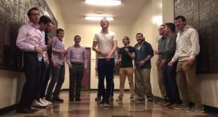 שרים במסדרון: y-studs מבצעים 'עת רקוד'