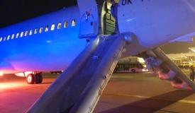 עשן נכנס למטוס - הנוסעים נמלטו בקפיצה