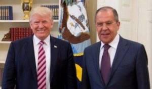 טראמפ ושר החוץ הרוסי לברוב - דיווחים: טראמפ הדליף מידע מסווג לרוסים