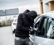 אילוסטרציה - גנב תיק, ניסה לסחוט את בעליו ונעצר