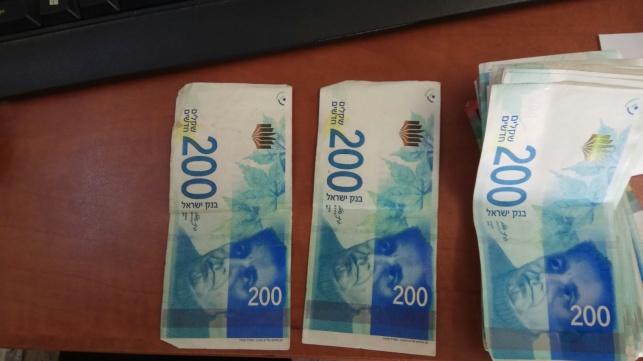 בני ברק: ניסה להשתמש בכסף מזויף ונעצר