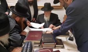 הרבי מקאליב ביקר במעונו של חכם שלום