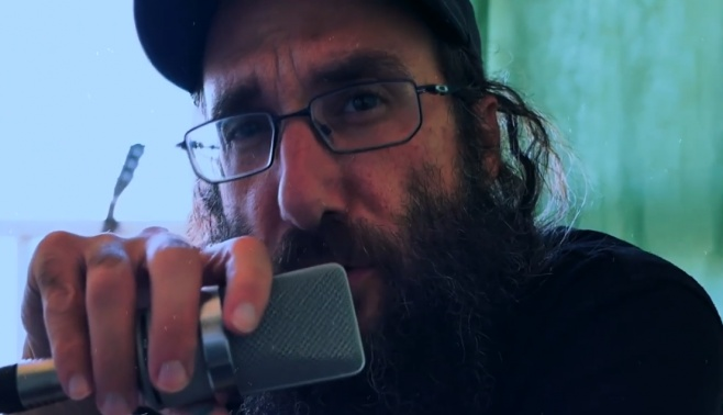 אמיר והבה בסינגל רוק חדש: שומע תפילה