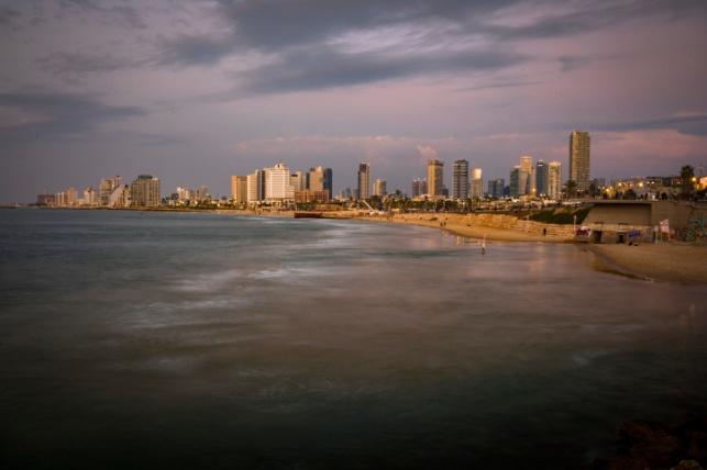 קו החוף של תל אביב אתמול