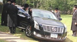 """האדמו""""ר מסקווירא ברכבו החדש"""