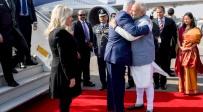 נתניהו מתקבל בחיבוק חם ממודי - מגעים בין ישראל להודו לטיסות מעל סעודיה