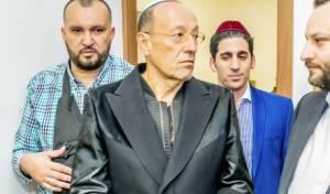 צפו: המיליארדר היהודי ביקר בציון רבי נחמן