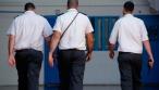 הסוהר הסמוי הפליל את האסיר החשוד. צפו