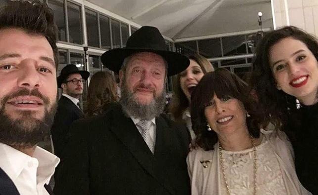 קורין גדעון - מימין, ומשפחת סורוצקין