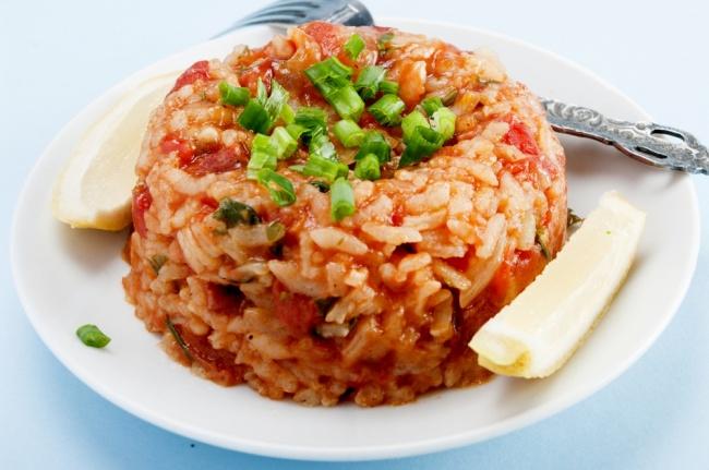 אורז אדום חריף בסגנון מקסיקני