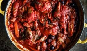 עוף רומאי - פרגיות ברוטב עגבניות ופלפלים עשיר